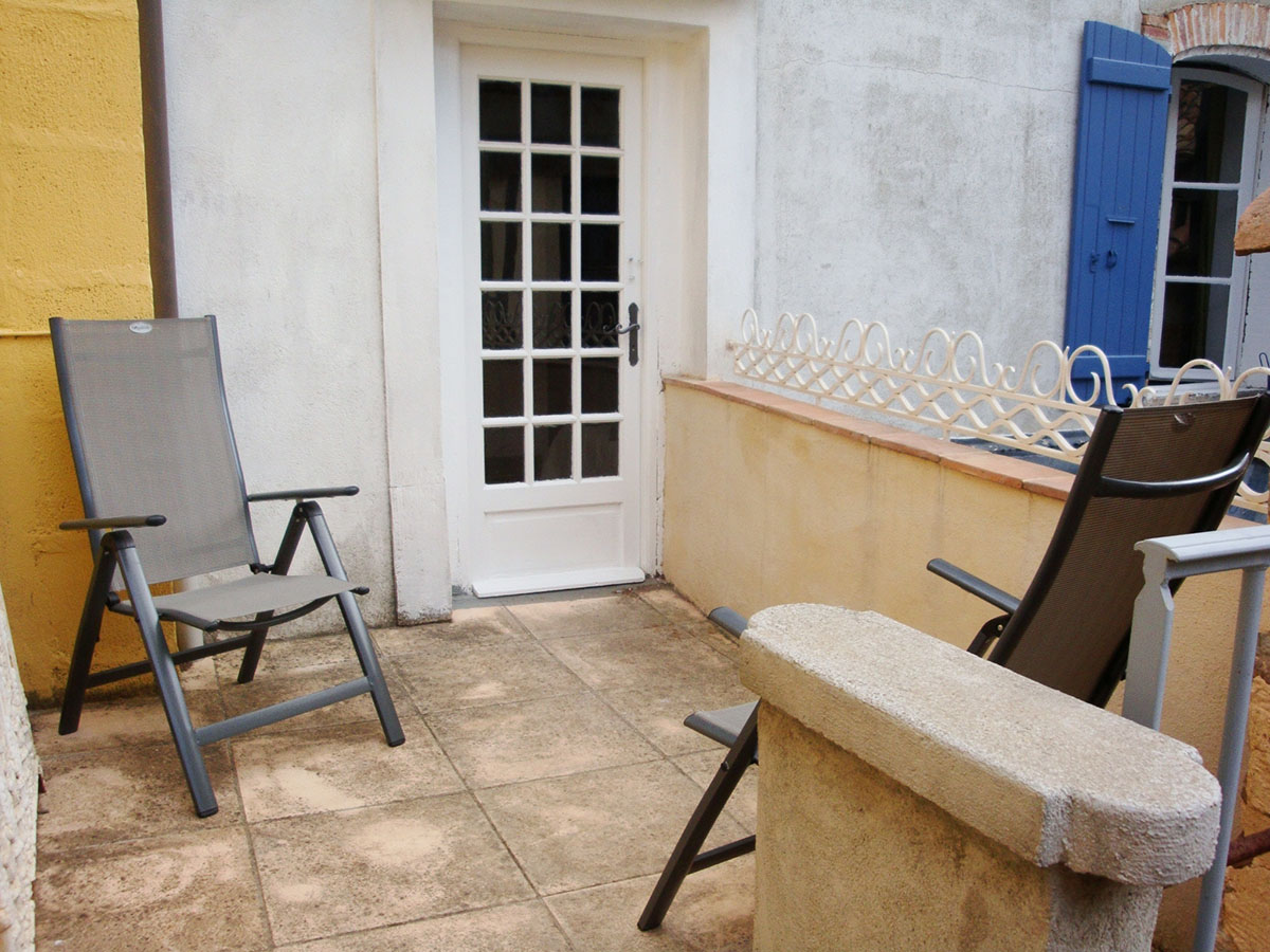 Azille Maison Terrace 1