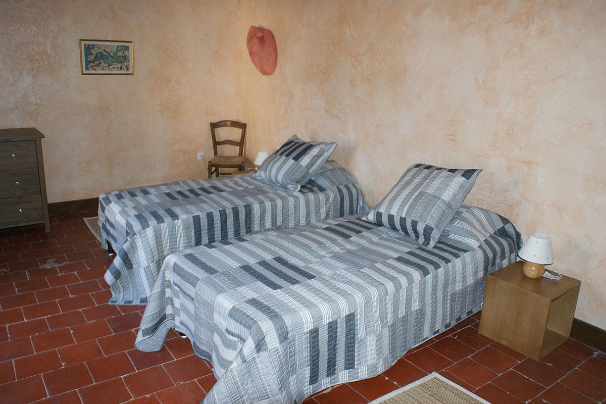 House - second floor - bedroom 3 b as 2 singles