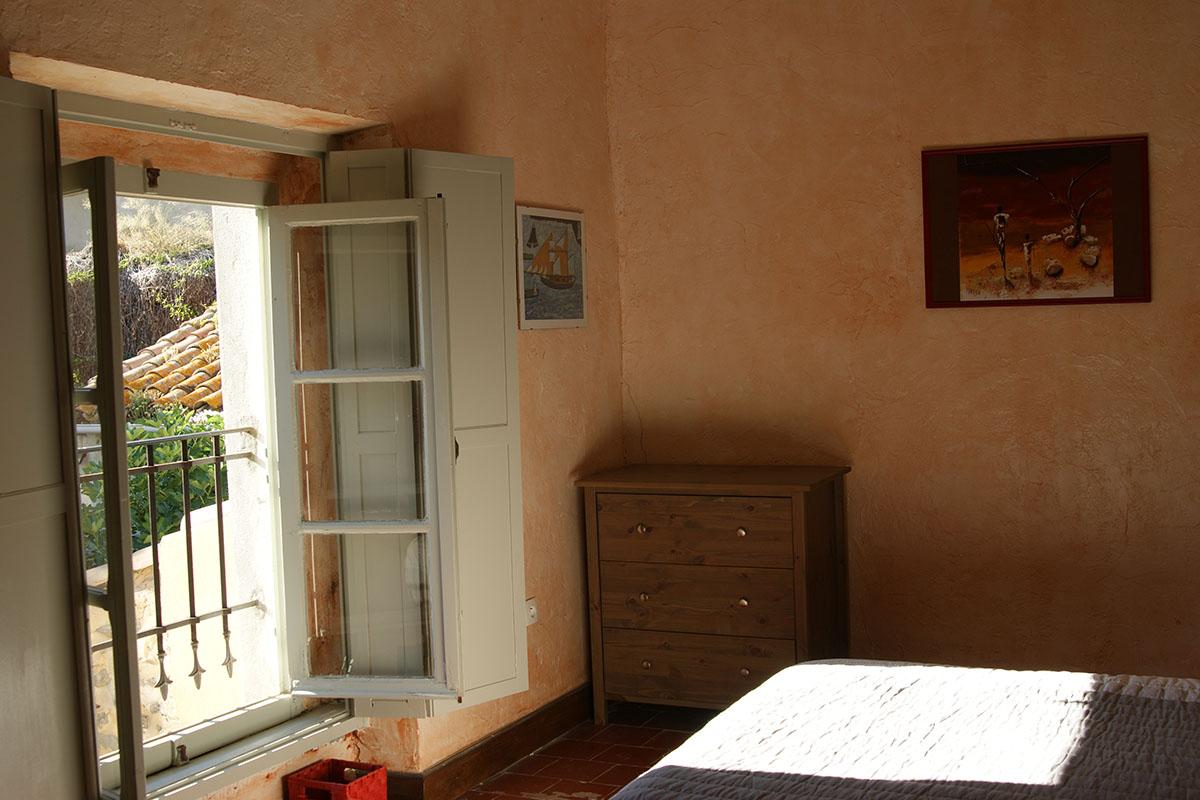 House - second floor - bedroom 3 c